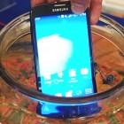 SAMSUNG GALAXY s4 Active: смартфон может погружаться на глубину 1 м примерно на 30 минут